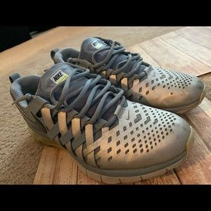 Nike Men's Fingertrap Max